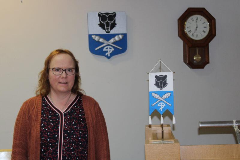 """Kokoomuksen vaikuttaja siirtyi Perussuomalaisiin – Helena Rahkola: """"Päätös ei ollut vaikea"""""""
